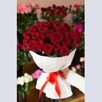 Flower delivery in Krasnodar. Bouquet of 25 red roses.